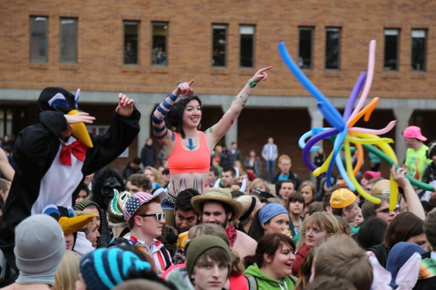 "On Feb. 20, 2012, Western Washington University made a ""Harlem Shake"" video."