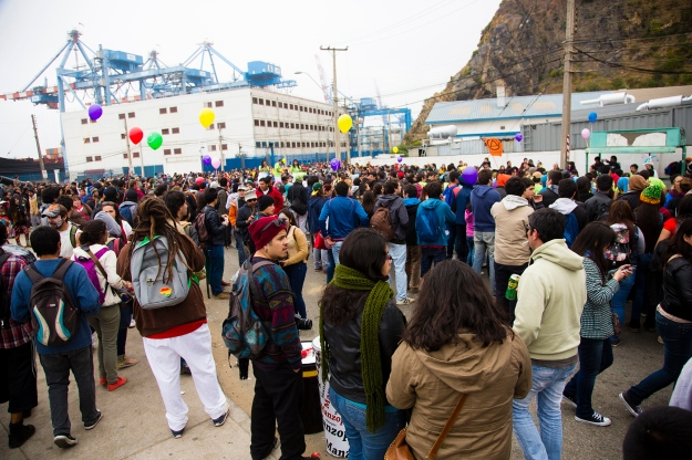 Thousands of people arrive for the parade during Mil Tambores 2013 in on Oct. 6 in Valparaiso, Chile. The event was an expression of freedom to use public spaces for art and cultural expression.