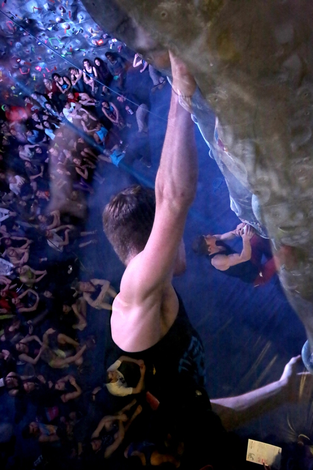 2.1 ClimbingComp-BrookeWarren105